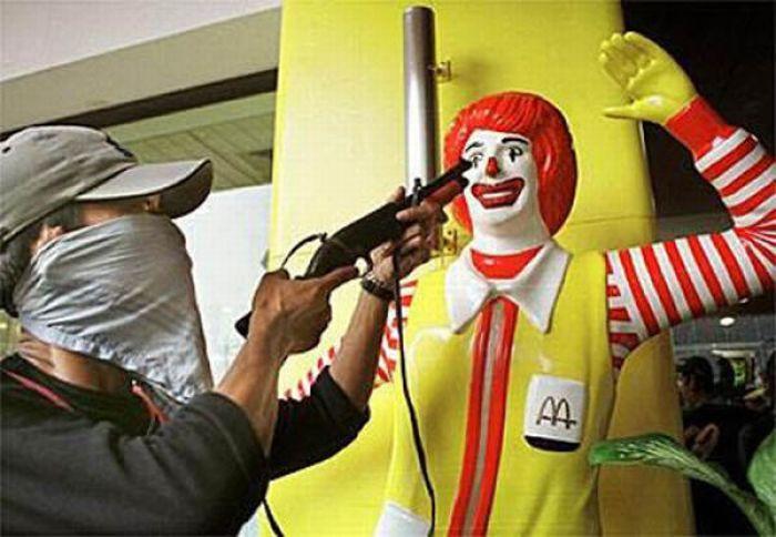 Niełatwe życie Ronalda McDonald 30