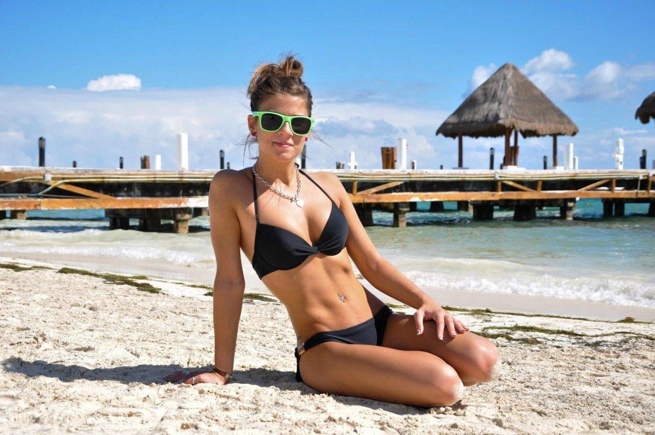 Девушки омск пляж фото