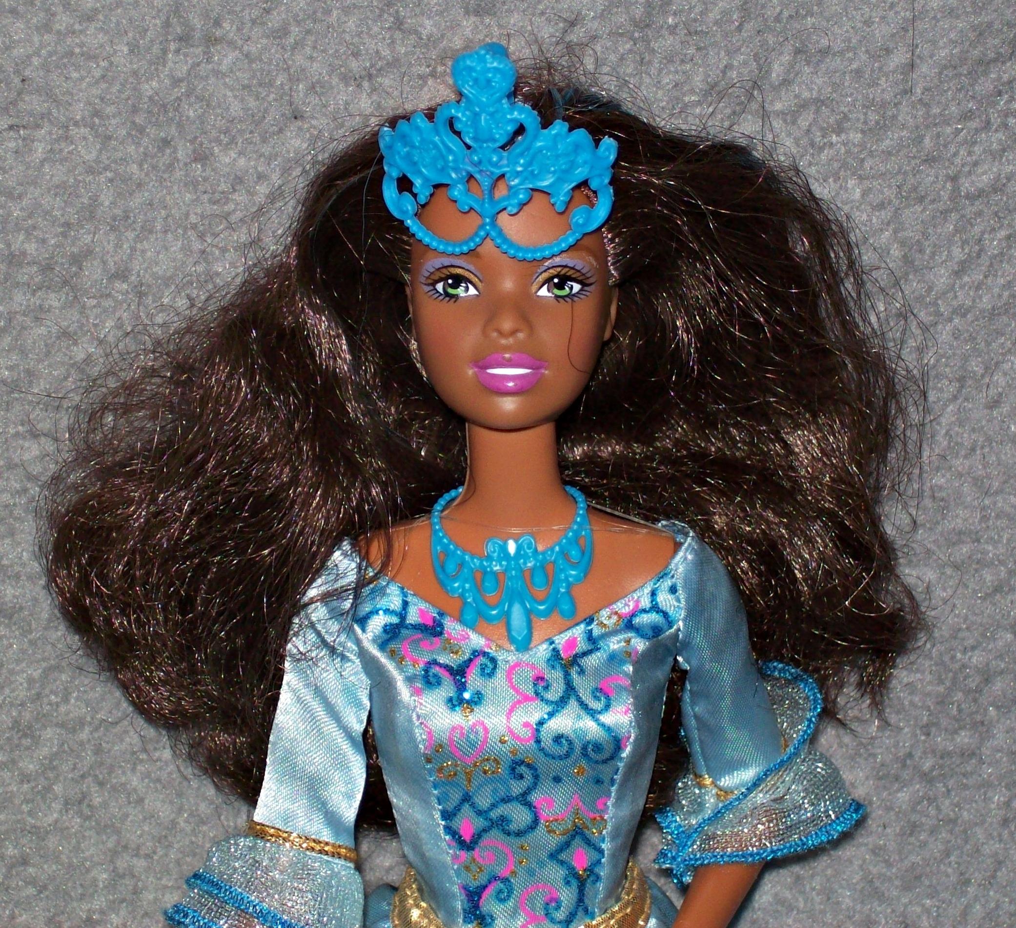 Worksheet. Barbie und die drei Musketiere Nikki als Renee Blau Puppe Reene