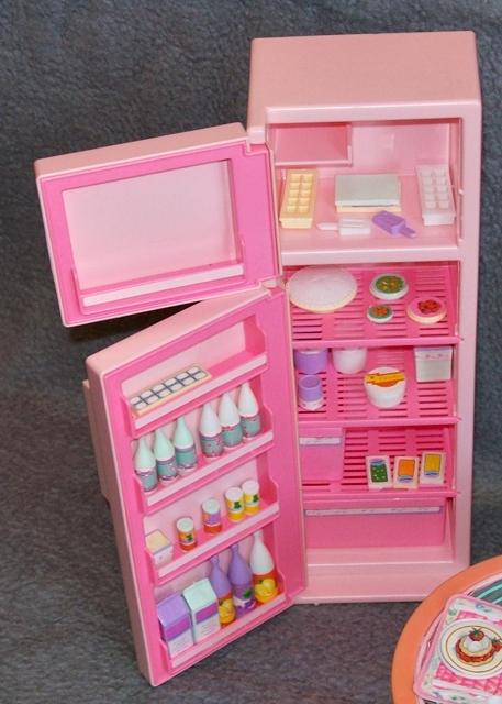 Ausgezeichnet Barbie Kühlschrank Bilder - Die besten ...