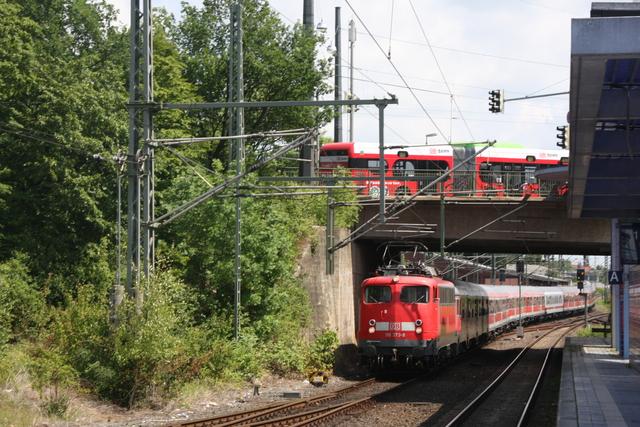 110 373-8 mit DB Bus Hannover Nordstadt