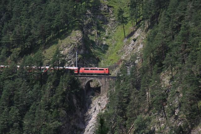 111 038-6 Lehnen-Viadukt