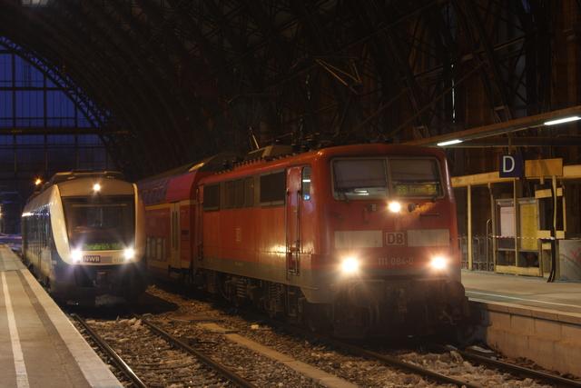 111 084-0 + VT 524 Bremen Hbf