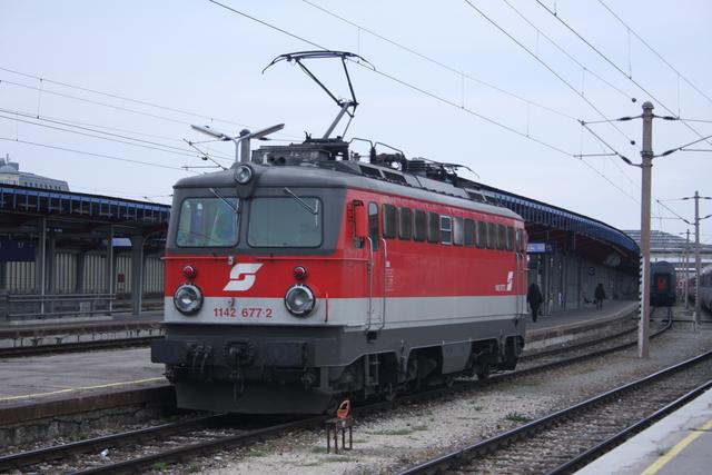 11141 677-2 Wien Südbahnhof