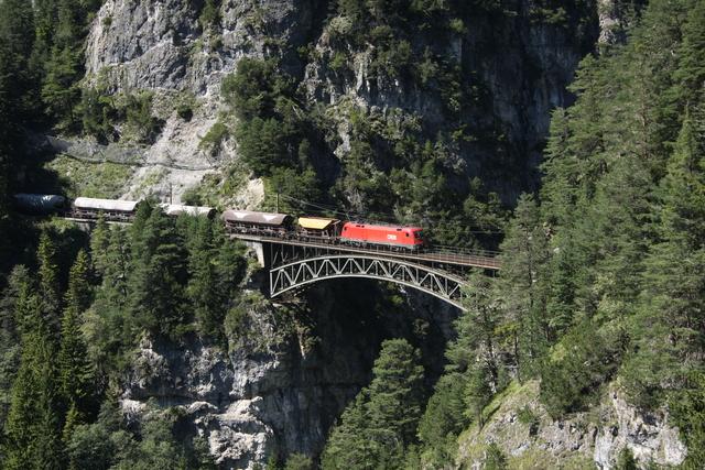1116 150-2 Schlossbach-Brücke