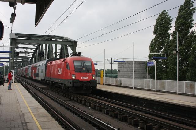 1116 229-4 Wien Handeskai