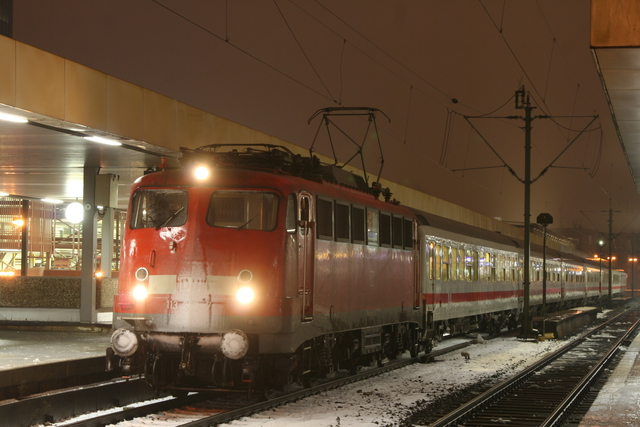 113 268-7 bei Schnee in Hannover Hbf