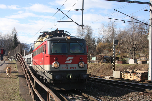 1142 698-8 Villach Draubrücke