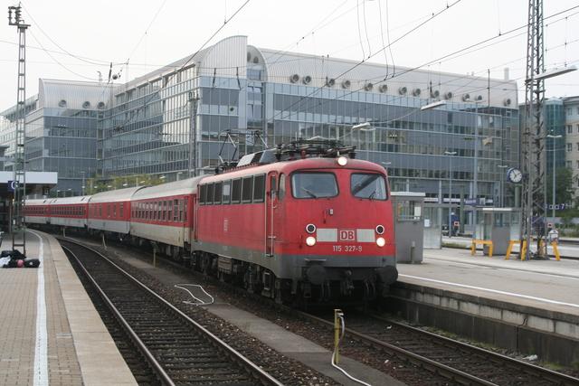 115 327-9 München Hbf