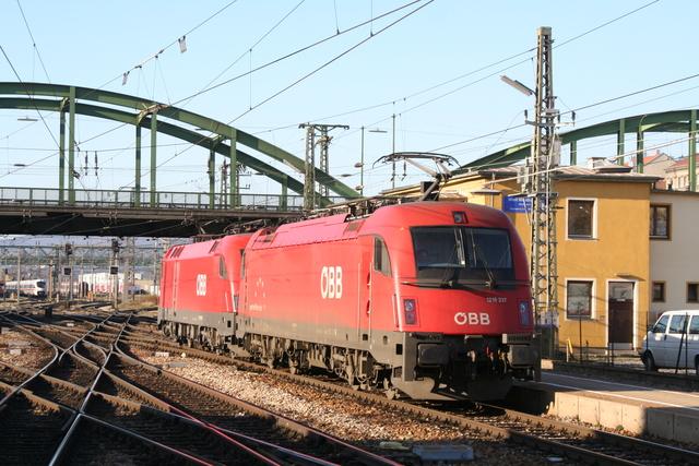 1216 237 Wien Westbahnhof