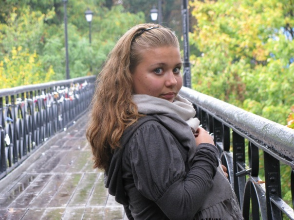 "Anya dasha фото 1""></img><br></div> <div class=""foto_gallery""><img src=""http://golee.ru/wp-content/uploads/2012/01/4.jpg"" width=""500"" alt="