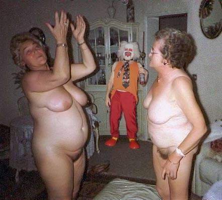 фото голых старых баб комменты