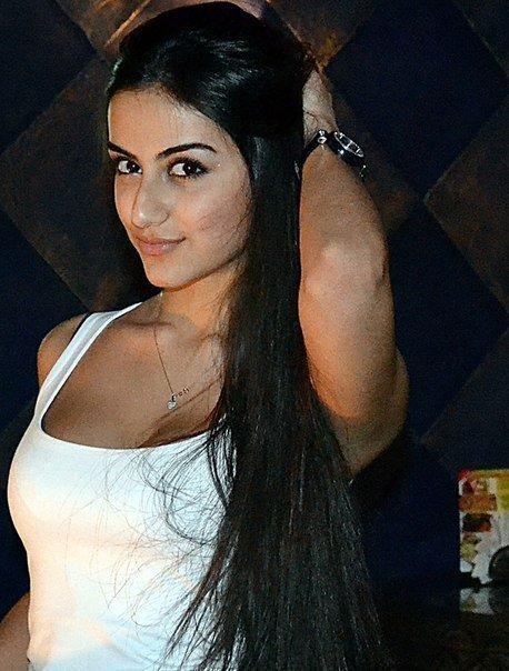 Порно видео с красивой кавказской девушкой 44