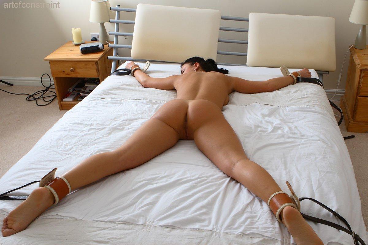Сексуальная привязка девушки