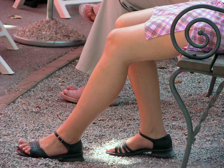 Фото ноги девушки и женщины
