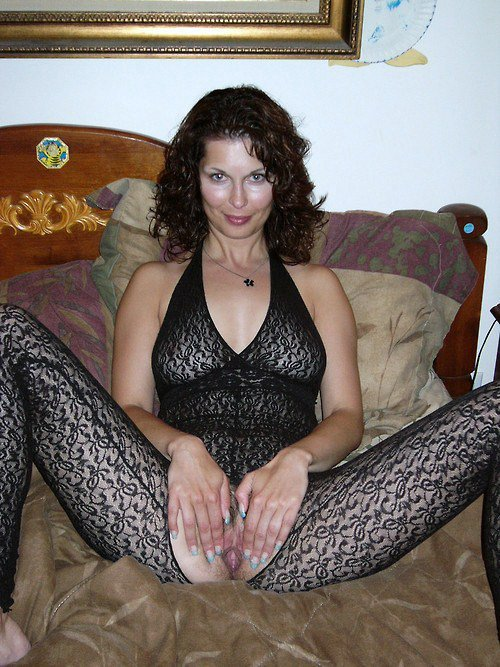shlyuhi-eroticheskoe-bele