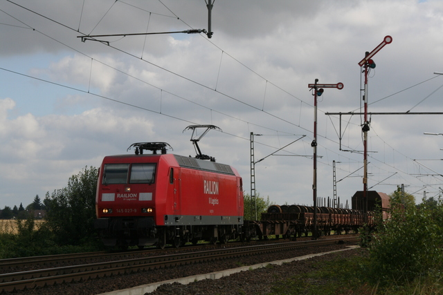 145 027-9 Railion DB Logistis Einfahrt Bennigsen
