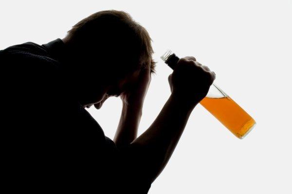 Как выйти из запоя спиртным