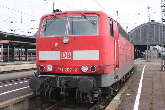 181 207-2 Karlsruhe Hbf