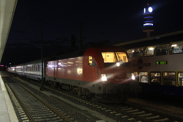 182 001-8 Hannover Hbf