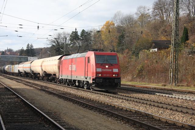 185 203-7 Railion Tullnerbach-Pressbaum