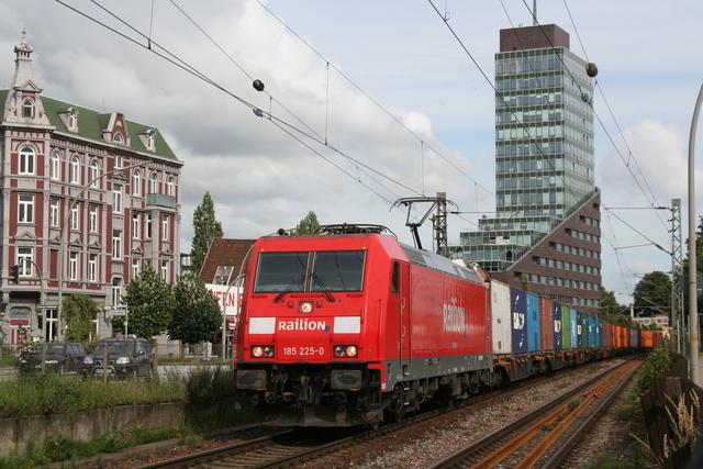 185 225-0 Railion Hamburg-Unterlebe