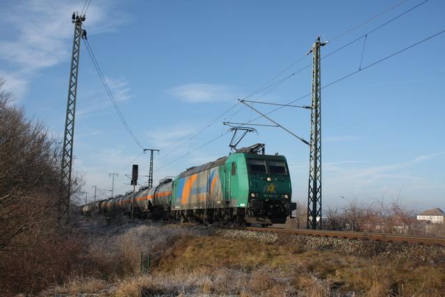 185 541-0 Torgau an der Elbebrücke
