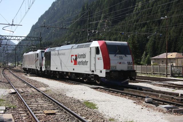 185 664-0 D-ML + 186 285 Brennero Brenner