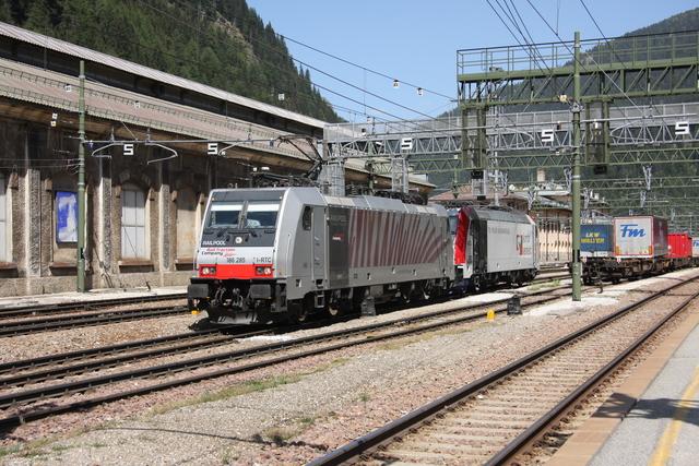 186 285 + 185 664-0 D-LM Brennero Brenner