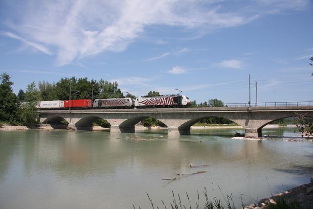 189 918 + 186 284-6 Salzburg Saalachbrücke