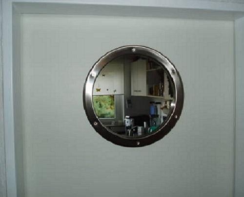 im privatbereich wird das bullauge h ufig zur dekoration von b dern und k chen eingesetzt im. Black Bedroom Furniture Sets. Home Design Ideas