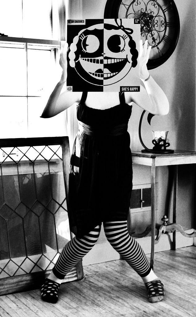 Sleeveface - zabawa z okładkami płyt #6 4