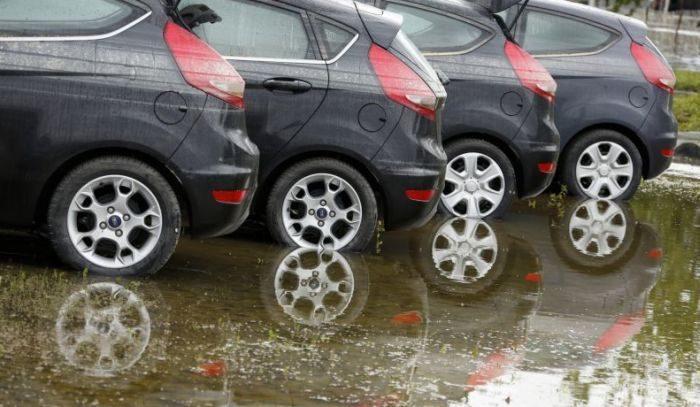 Zalane samochody z niemieckich salonów 22
