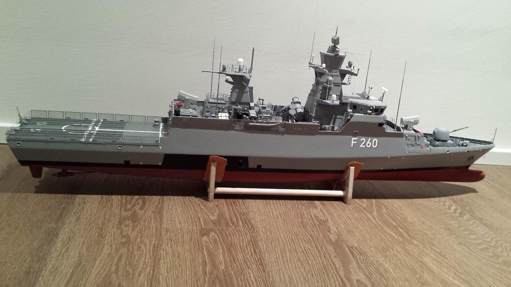 korvette k130 braunschweig 1 100 seite 4 deutschland nach 1945 rc modellbau schiffe forum. Black Bedroom Furniture Sets. Home Design Ideas