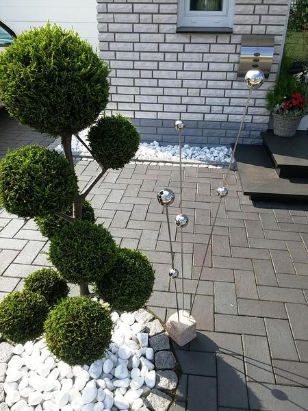 Gartendekoration gartenstecker edelstahl deko skulptur for Kugeln gartendekoration