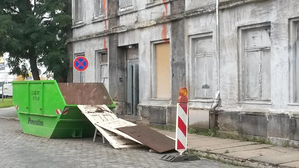 deutsches architektur forum einzelnen beitrag anzeigen leipzig umgang mit bauerbe. Black Bedroom Furniture Sets. Home Design Ideas