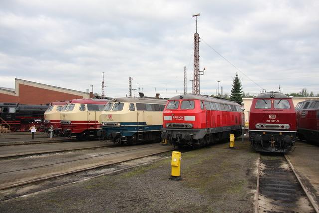 217 001-7 + 218 105-5 + 217 014-0 + 225 021-5 + 218 387-9 BW Osnabrück