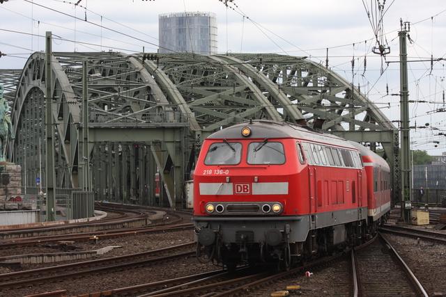 218 136-0 Köln Hbf