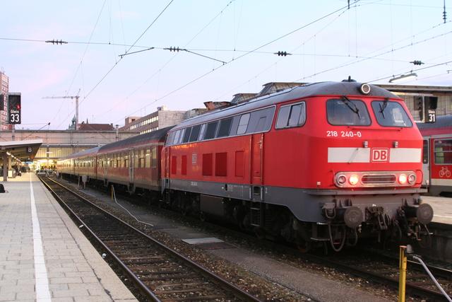 218 240-0 München Hbf