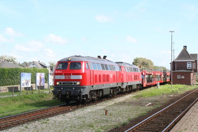 218 311-9 + 215 901-0 Westerland (Sylt)