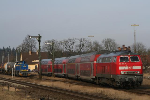 218 356-4 Einfahrt Tüßling