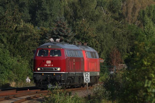 218 387-9 + 218 105-5 Wofenbüttel