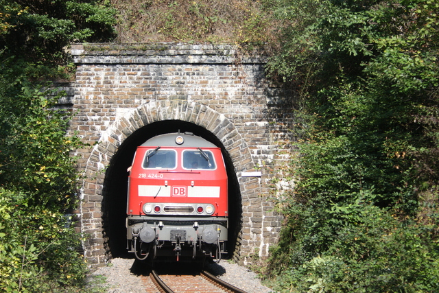 218 424-0 Talberg-Tunnel