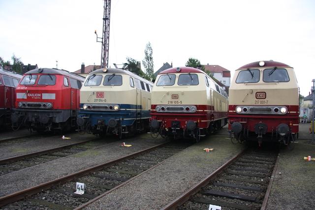 225 021-5 + 217 014-0 + 218 105-5 + 217 001-7 BW Osnabrück