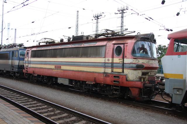 240 111-5 Bratislava Hlavná Stanica