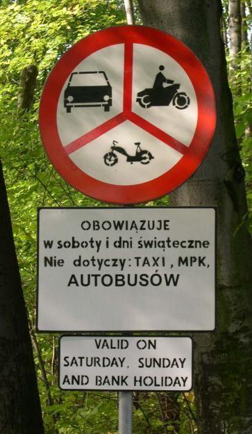 Znaki drogowe i tablice informacyjne 39