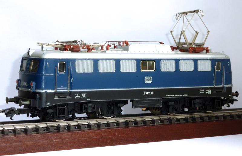 50 Jahre E10 (3039) und E40 (3040) von Märklin  3039.1x4ud9