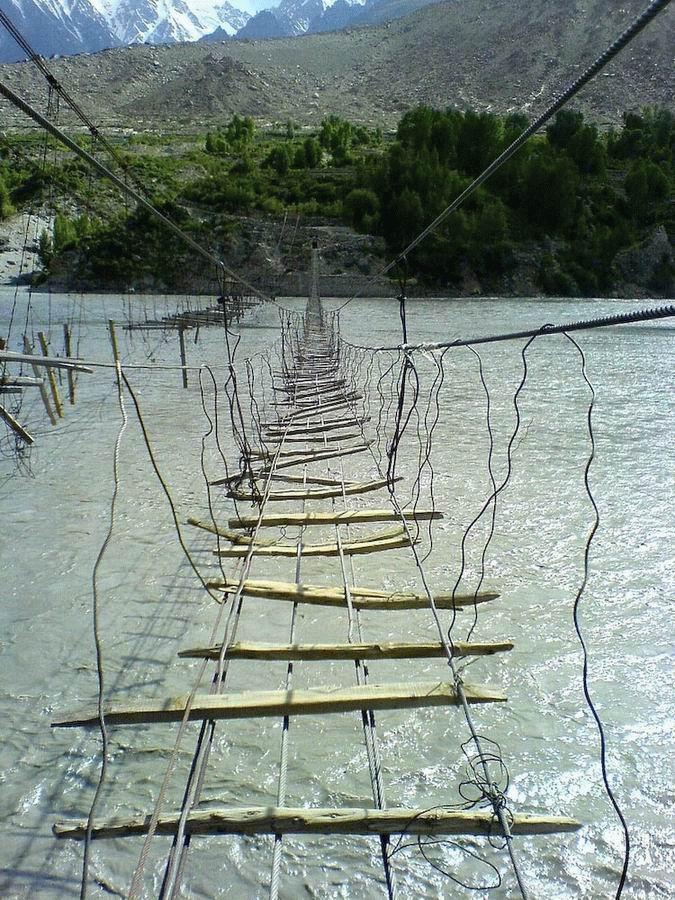 Niebezpieczne mosty 4