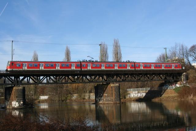 420 215-6 Essen Steele Ruhrbrücke