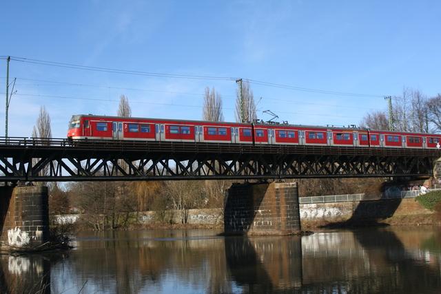 420 349-3 Essen Steele Ruhrbrücke